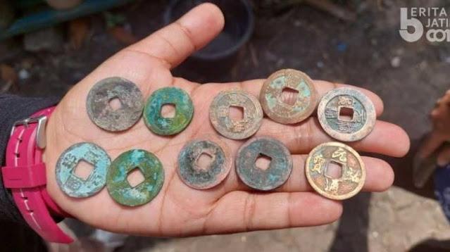 Heboh Temuan Koin Kuno di Lamongan, Warga Berburu Lalu Menjualnya ke Kolektor