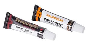 Figura 3. Los sulfóxidos de cisteína y la alinasa son como un pegamento industrial en el que dos componentes inertes almacenados en tubos diferentes se vuelven pegajosos cuando se mezclan.