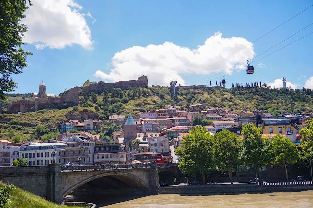 Peradaban awal di Old Tbilisi Wall Georgia