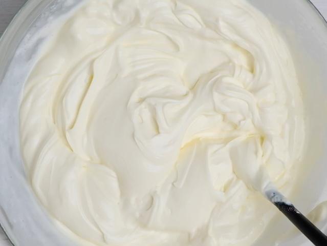 cream cheese mix