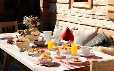 تعرفى على فوائد وجبة الافطار العديدة,اثاث منزلى انيق مائدة طعام ترابيزة اكل