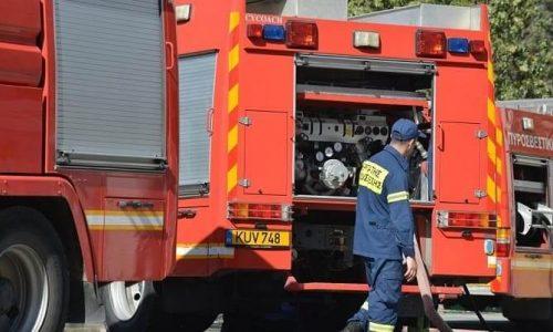 Ένας εποχικός πυροσβέστης τραυματίστηκε κατά την διάρκεια κατάσβεσης φωτιάς στον Λούρο Πρέβεζας.