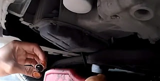Cara Ganti Oli Mesin Nissan Datsun