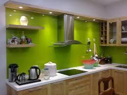 Bí quyết lựa chọn kính màu trong trang trí nhà bếp 01
