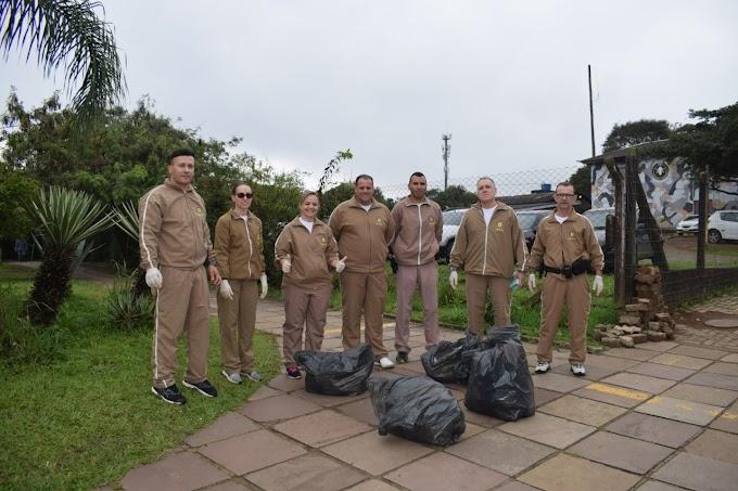 Policiais do 26º BPM participam de ação do Dia Mundial da Limpeza