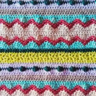 Manta multicolor a crochet