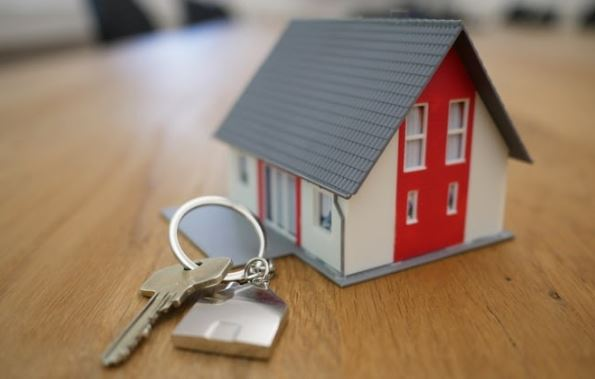 recession impact real estate market house sales