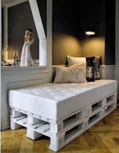 A mi manera hacer una cama con tarimas de madera for Cama sencilla