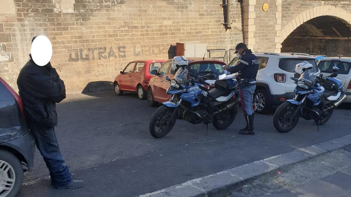 25 parcheggiatori abusivi a process, Polizia