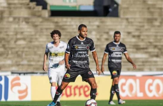 Volta Redonda bate o Botafogo-PB no Almeidão
