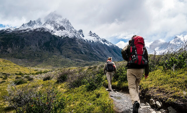 The Top Hiking Essentials For A Day Hike