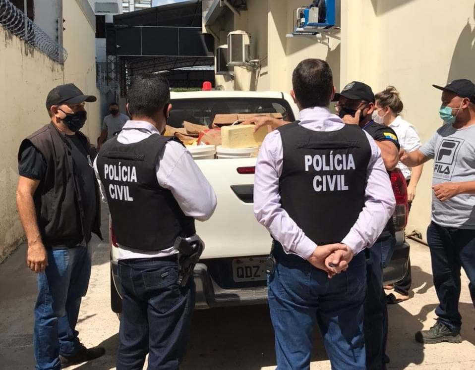 Vigilância Sanitária apreende 550 kg de queijo vencido pronto para revenda em Santarém