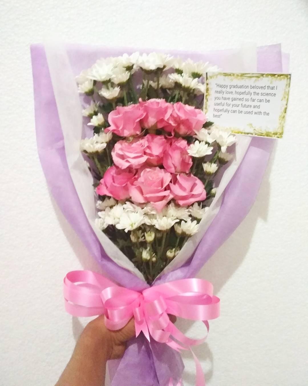 Karangan Bunga Tangan Hand Bouquet 030