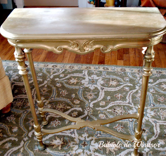 Babiole de Windsor From Gold to Chalk...The Table