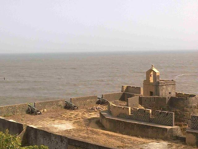 दीव क़िला, Diu fort