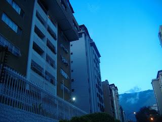 Urbina hermoso apartamento 3 habitaciones 3 baños 101 mts Concretar cita 04123605721 Su  profesional inmobiliario encargado 04123605721