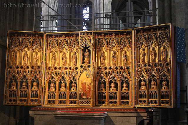 Cologne Cathedral wooden altarpiece of Poor Clares