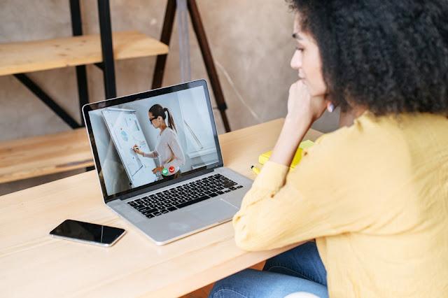 Fecap oferece minicursos on-line e gratuitos