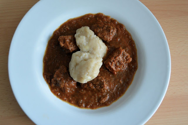 BEEF AND ONION GOULASH