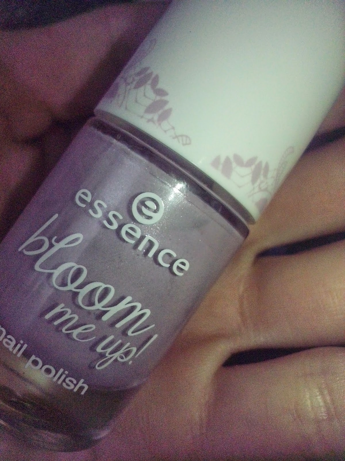 essence-bloom-me-up-lovely-lavender