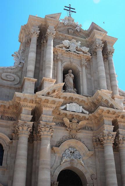 La cathédrale de Syracuse est exceptionnelle.