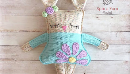 Free Easter bunny crochet patterns