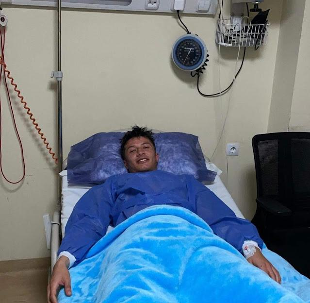 أسامة جلال يجري جراحة الفتاء