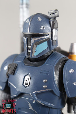 Black Series Heavy Infantry Mandalorian 01