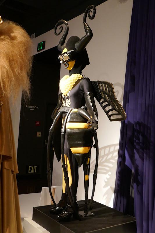 Gladys Knight Masked Singer Bee costume
