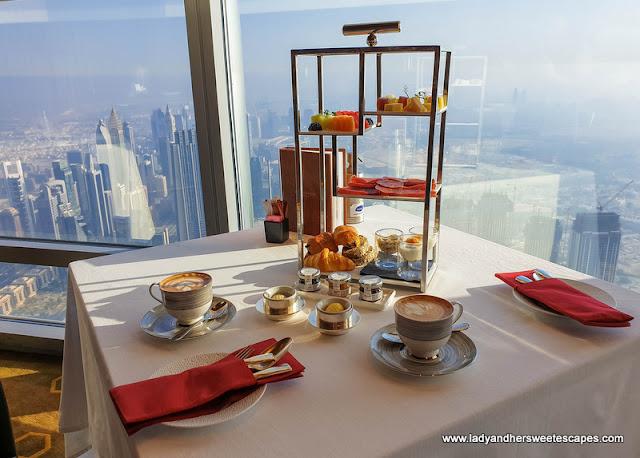Breakfast stand in Atmosphere Burj Khalifa