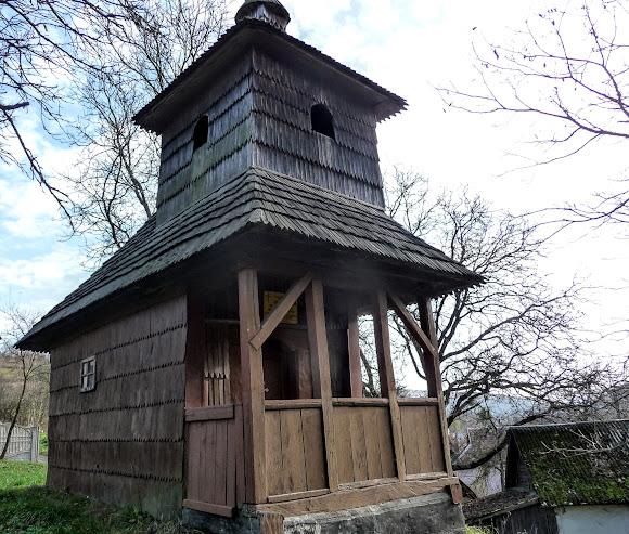 Путешествия по Украине. Украинское село. Уклин. Церковь Петра и Павла