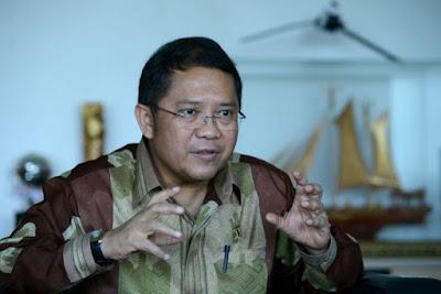 Rudiantara: Mohon Warga Indonesia Puasa Sosmed Dahulu