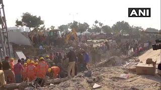 पंजाब के मोहाली में तीन मंजिला इमारत ढही, 5-6 लोगों के फंसे होने की आशंका, दो व्यक्ति को जिंदा निकाला गया