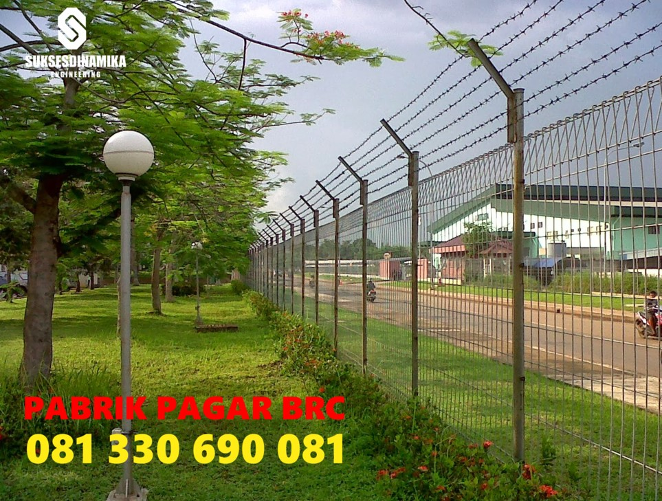 Jual Pagar BRC Tinggi 190cm Kirim ke Bombana Sulawesi Tenggara, Pagar Brc Galvanis, Pagar Brc Murah, Pagar Wire Mesh, Pintu Brc, Tiang Pagar Brc, Wire Mesh, Pagar Brc, Agen Pagar Brc, Distributor Pagar Brc, Cari Pagar Brc.