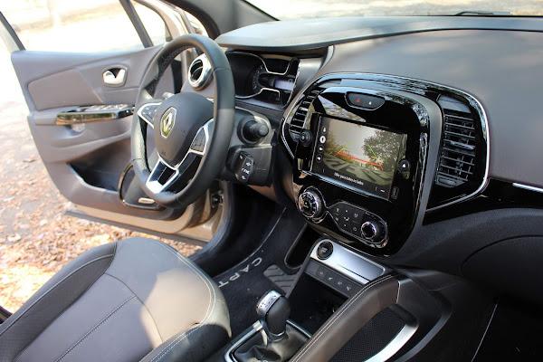 Novo Renault Captur 2022 1.3 Turbo CVT - interior