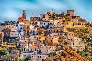Top 10 Most Famous Destinations For Millennials Travellers in 2020, Greece