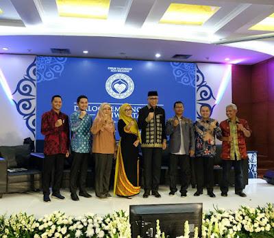 kolaborasi Aceh yang dilakukan berbagai pihak dalam Dialog Pembangunan Pariwisata