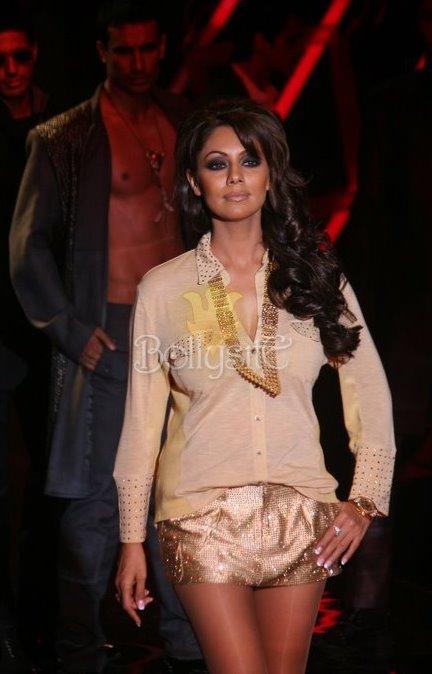 Gauri Khan Sexy Pics