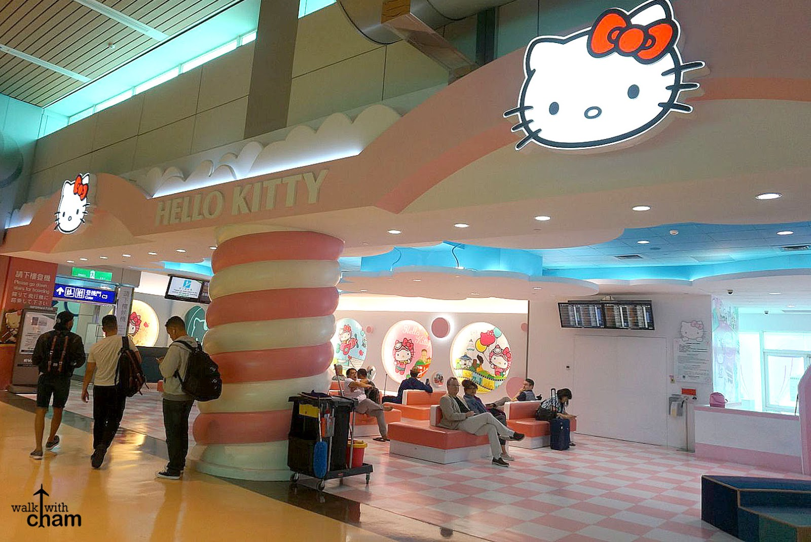 Walk With Cham Hello Kitty Eva Air From Paris To Taipei