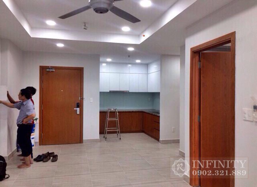 Bán căn hộ Everrich Infinity nội thất cơ bản - phòng khách