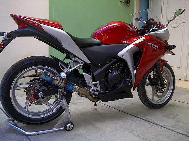 Best Modifikasi Motor : Honda CBR 250R