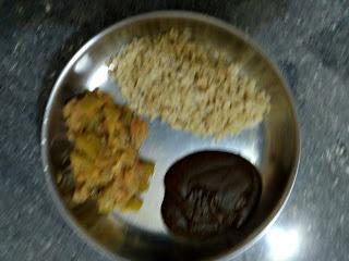 Sorghum Poha (Sola aval), Black gram (Ulundhu) Kali, Bottle gourd masala