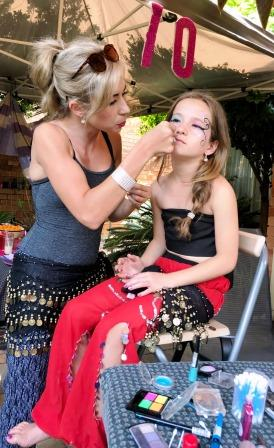 Melanie Jacobs doing make-up at Jasmine party for girls
