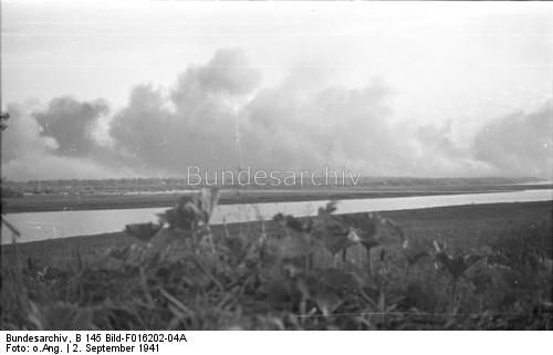 German troops operating across the Dnepr River 2 September 1941 worldwartwo.filminspector.com