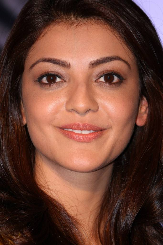 Beautiful Marathi Girl Kajal Aggarwal Long Hair Smiling Face Close Up Stills