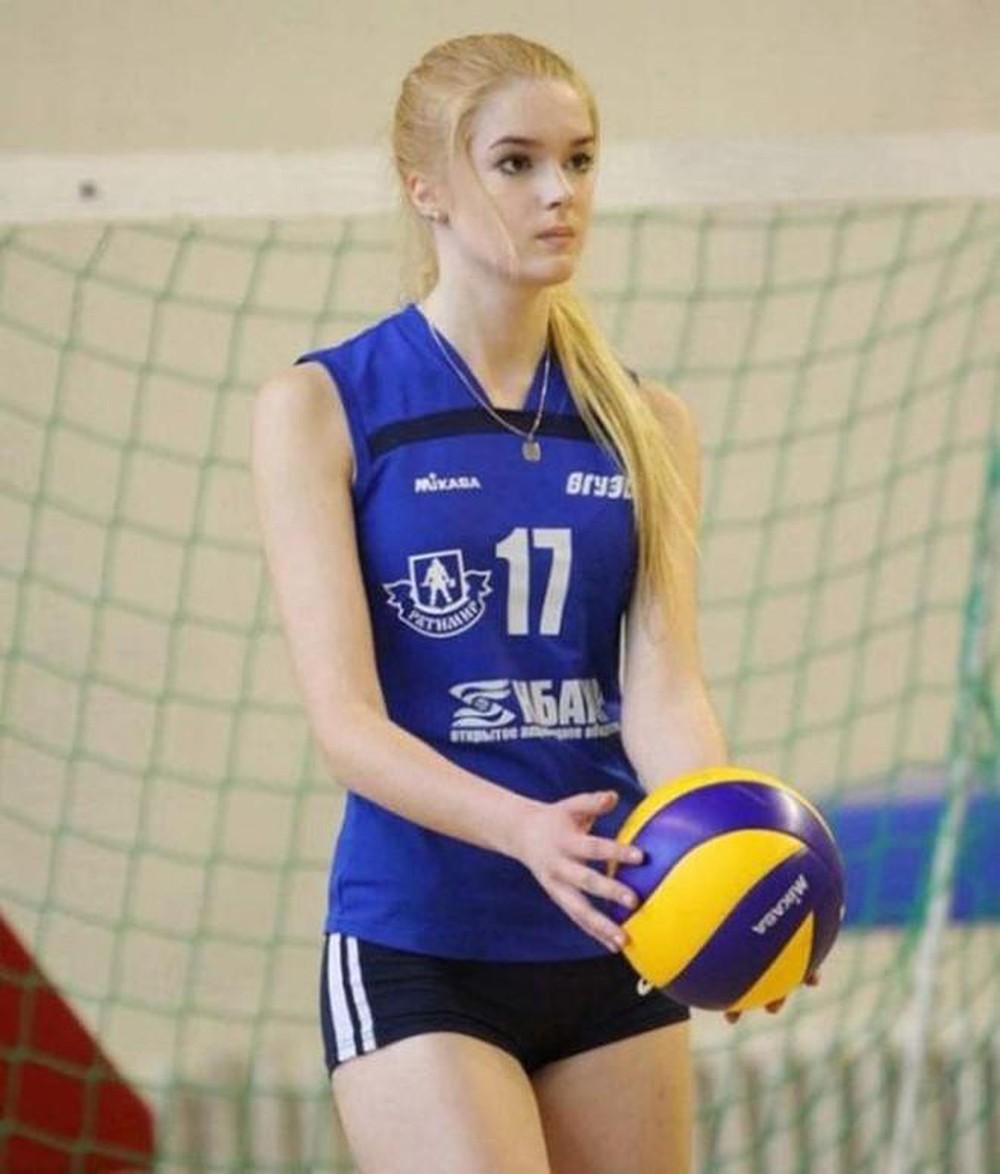 VĐV bóng chuyền xinh đẹp, Alisa Manyonok, xinh đẹp nhất thế giới