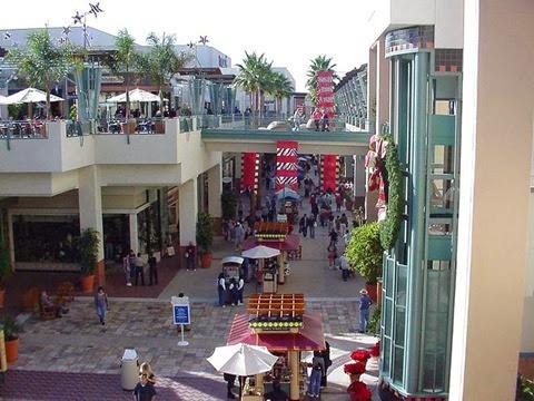 Shopping Westfield Horton Plaza San Diego