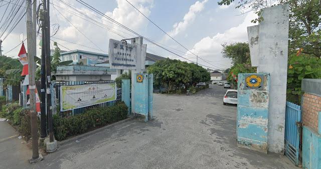 Gerbang FKIP Unsri kampus palembang