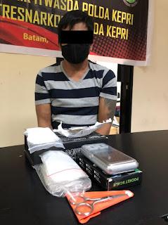 Ditresnarkoba Polda Kepri berhasil amankan Seorang Pelaku pemilik Narkotika jenis sabu dan Ganja