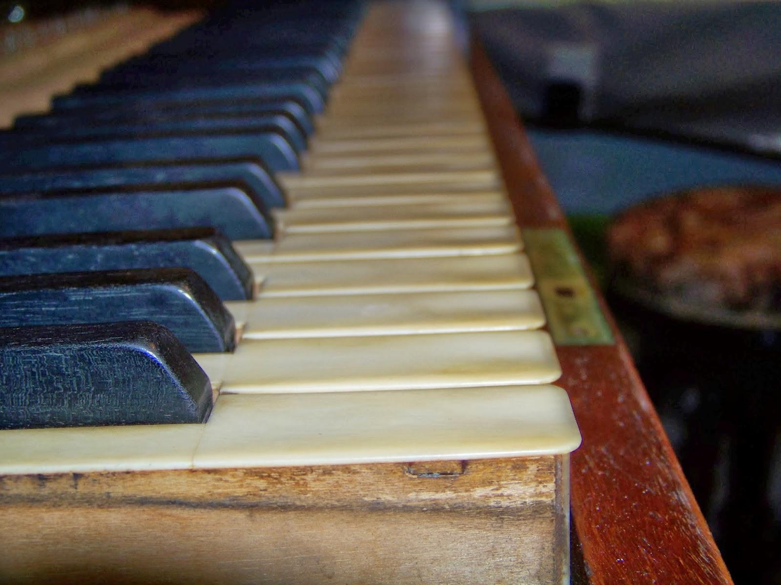 pleyel p1 grand droit 1928 nettoyage du clavier. Black Bedroom Furniture Sets. Home Design Ideas